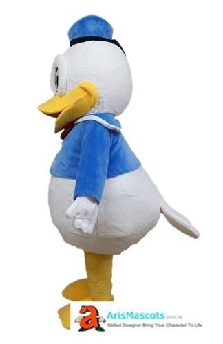 Beak Deluxe Donald Duck Costume